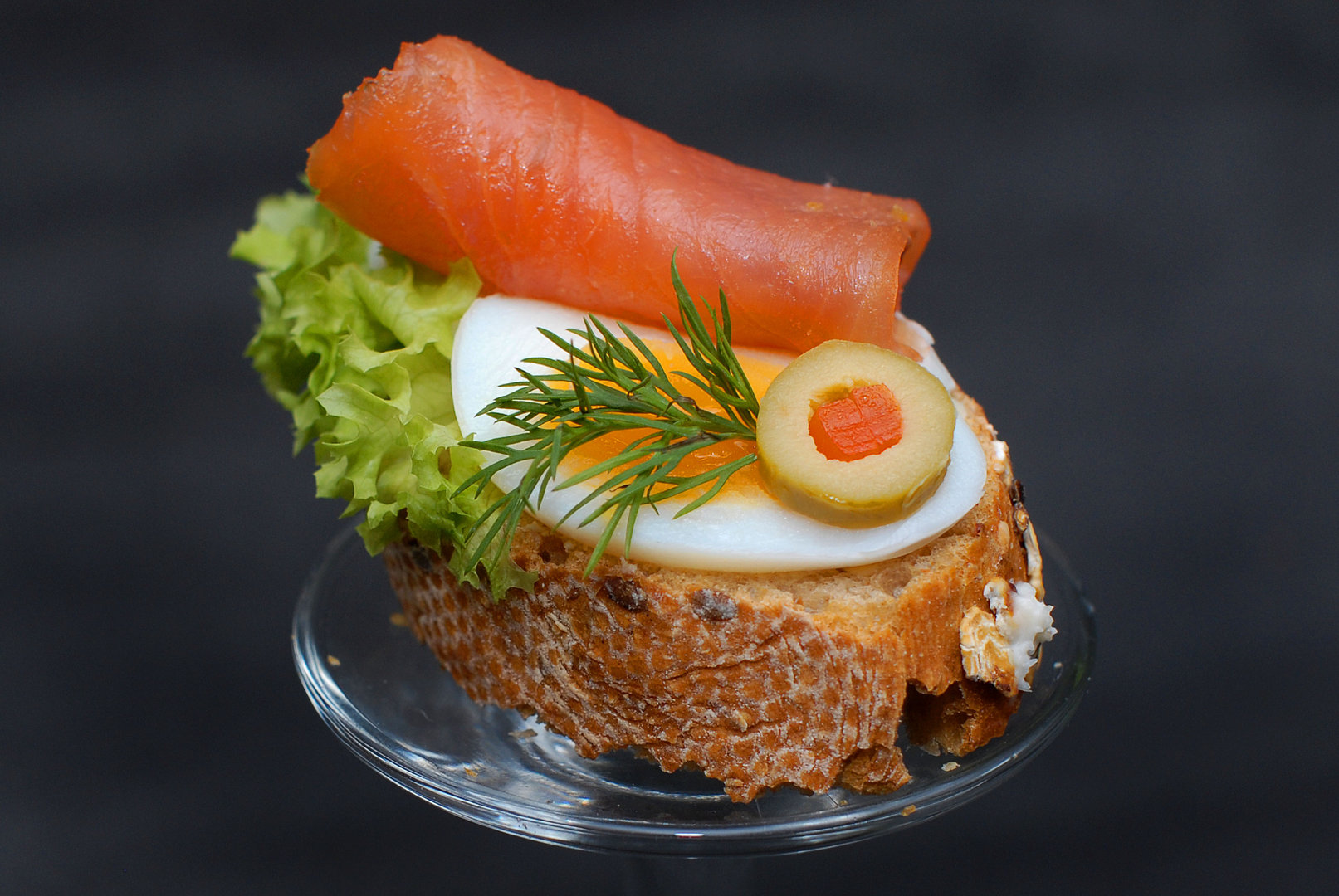 Ei mit lachs canap ternieten catering und for Canape 9 0 download